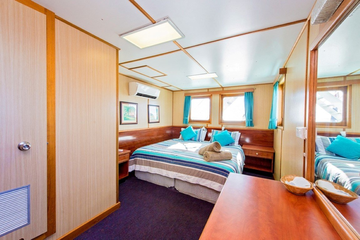 Top Deck Deluxe Stateroom (Medium)